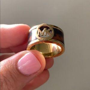 Michael Kors tortoise shell gold ring size 7
